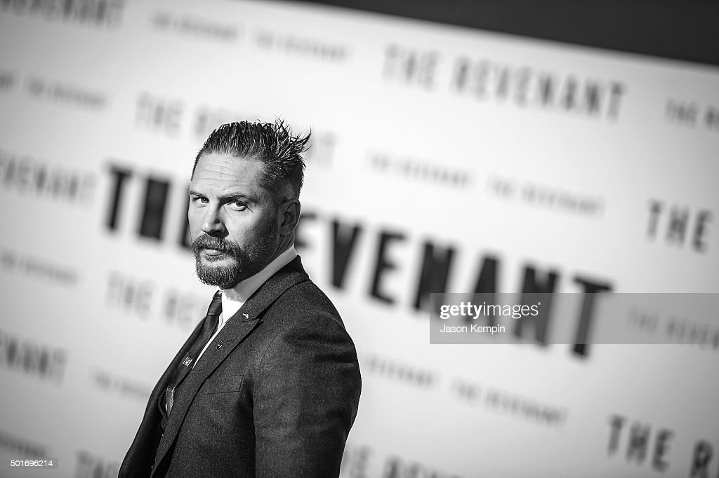 "An Alternative View Of The Premiere Of 20th Century Fox And Regency Enterprises' ""The Revenant"""