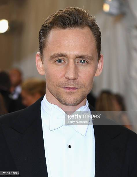 Actor Tom Hiddlestonattends the Manus x Machina Fashion In An Age Of Technology Costume Institute Gala at Metropolitan Museum of Art on May 2 2016 in...