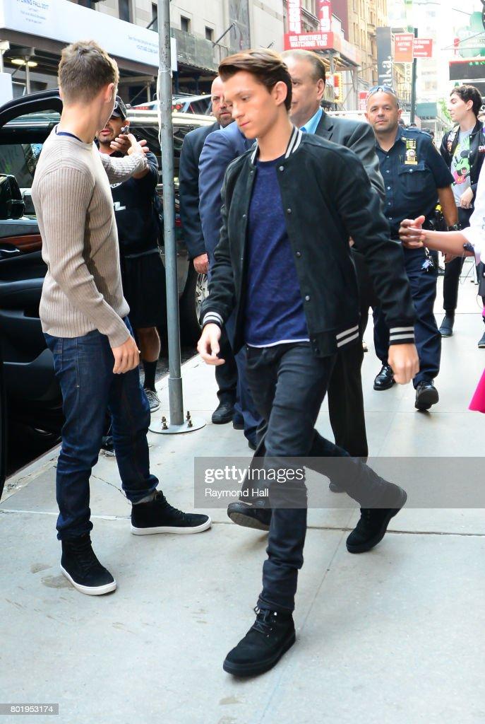 Celebrity Sightings in New York City - June 27, 2017 : News Photo