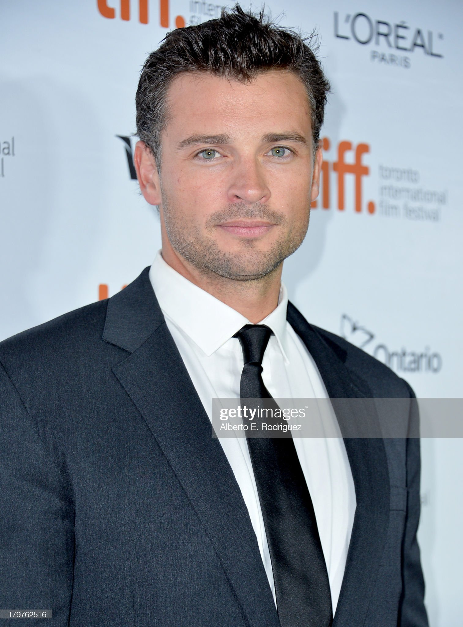 Ojos verdes - Famosas y famosos con los ojos de color VERDE Actor-tom-welling-arrives-at-the-parkland-premiere-during-the-2013-picture-id179762516?s=2048x2048