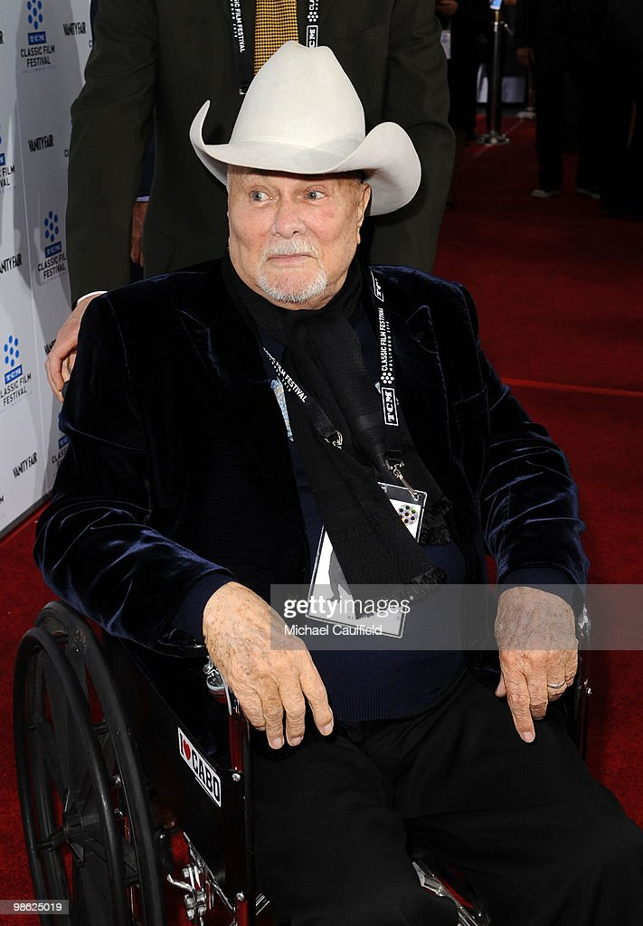 Actor Tony Curtis attends the Opening Night Gala of the newly restored 'A Star Is Born' premiere at Grauman's Chinese Theatre on April 22, 2010 in Hollywood, California.