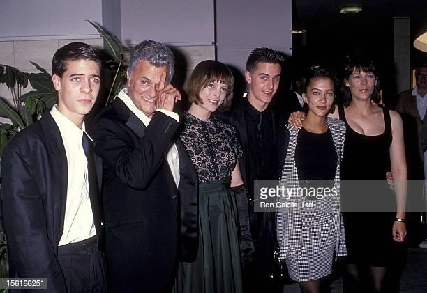 Actor Tony Curtis, son Benjamin Curtis, daughter Kelly Curtis, son Nicholas Curtis, daughter Allegra Curtis and daughter actress Jamie Lee Curtis...