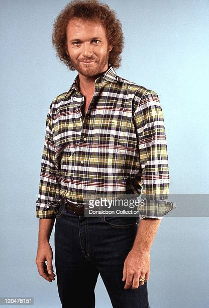Actor Tony Geary poses for a portrait in 1991 in Los Angeles California