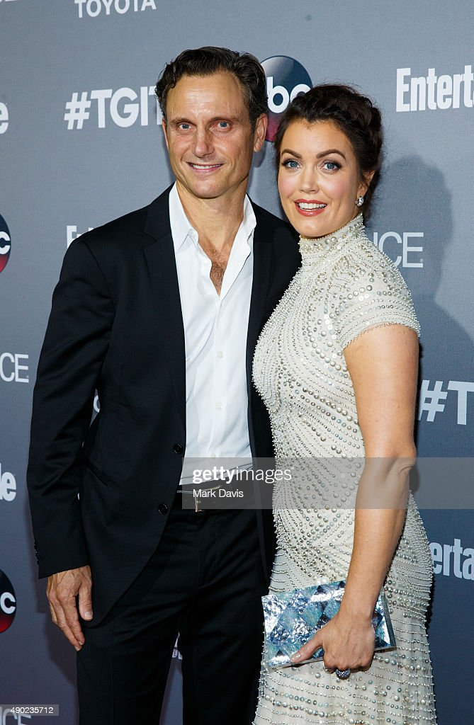 Actor Tony Goldwyn and actress Bellamy Young attend the celebration of ABC's TGIT Line-up held at Gracias Madre on September 26, 2015 in West Hollywood, California.
