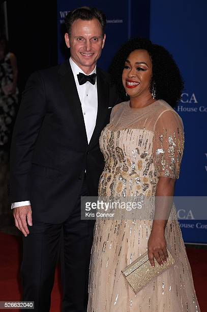 Actor Tony Goldwyn and television producer Shonda Rhimes attend the 102nd White House Correspondents' Association Dinner on April 30 2016 in...