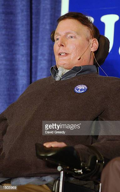 Actor turned activist Christopher Reeve speaks during a campaign stop for Iowa Senator Tom Harkin October 20, 2002 at the University of Iowa in Iowa...