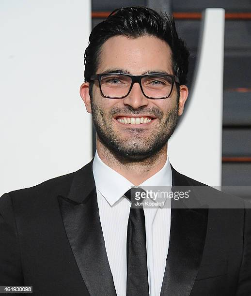 Actor Tyler Hoechlin arrives at the 2015 Vanity Fair Oscar Party Hosted By Graydon Carter at Wallis Annenberg Center for the Performing Arts on...
