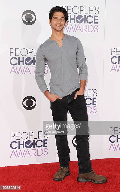 Actor Tyler Posey arrives at People's Choice Awards 2016 at Microsoft Theater on January 6 2016 in Los Angeles California