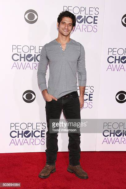 Actor Tyler Posey attends the People's Choice Awards 2016 at Microsoft Theater on January 6 2016 in Los Angeles California