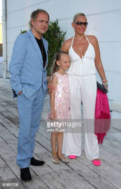 Actor Uwe Ochsenknecht with his wife Natascha and daughter Cheyenne attend the BMW Sailing Cup 2008 after party on July 5 2008 in Berlin Germany