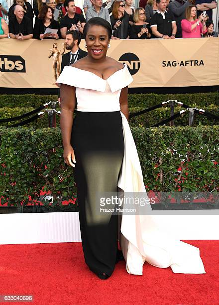 Actor Uzo Aduba attends The 23rd Annual Screen Actors Guild Awards at The Shrine Auditorium on January 29 2017 in Los Angeles California 26592_008