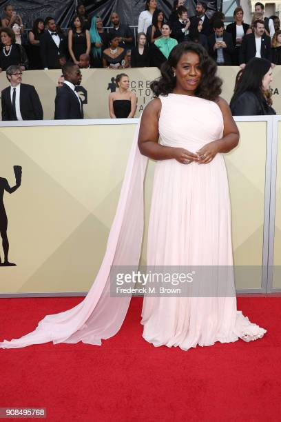 Actor Uzo Aduba attends the 24th Annual Screen Actors Guild Awards at The Shrine Auditorium on January 21 2018 in Los Angeles California 27522_017