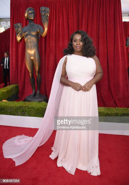 Actor Uzo Aduba attends the 24th Annual Screen Actors Guild Awards at The Shrine Auditorium on January 21 2018 in Los Angeles California 27522_009