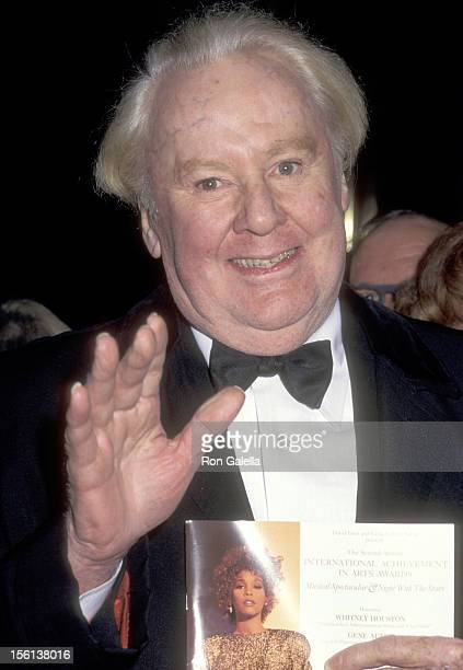 Actor Van Johnson attends the Second Annual International Achievement in Arts Awards Musical Spectacular and Night with the Stars on December 2 1995...