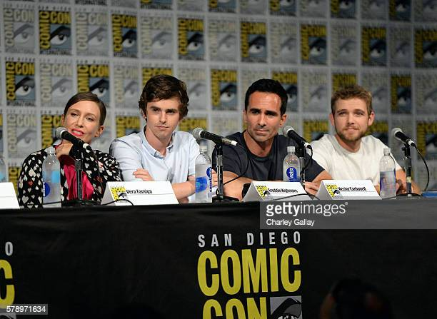 Actor Vera Farmiga Freddie Highmore Nestor Carbonell and Max Thieriot attend the Bates Motel panel with AE during ComicCon International 2016 at San...