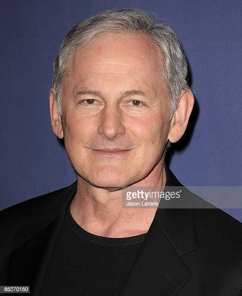Actor Victor Garber attends the Alzheimer's Association's 17th annual A Night at Sardi's fundraiser at the Beverly Hilton Hotel on March 4 2009 in...