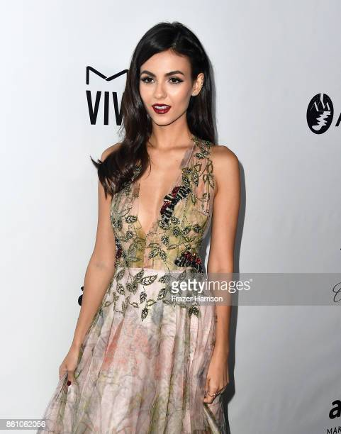 Actor Victoria Justice attends the amfAR Gala Los Angeles 2017 at Ron Burkle's Green Acres Estate on October 13 2017 in Beverly Hills California