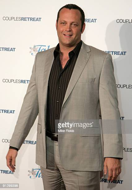 Actor Vince Vaughn arrives for the premiere of 'Couples Retreat' at the Event Cinemas George Street on October 1 2009 in Sydney Australia
