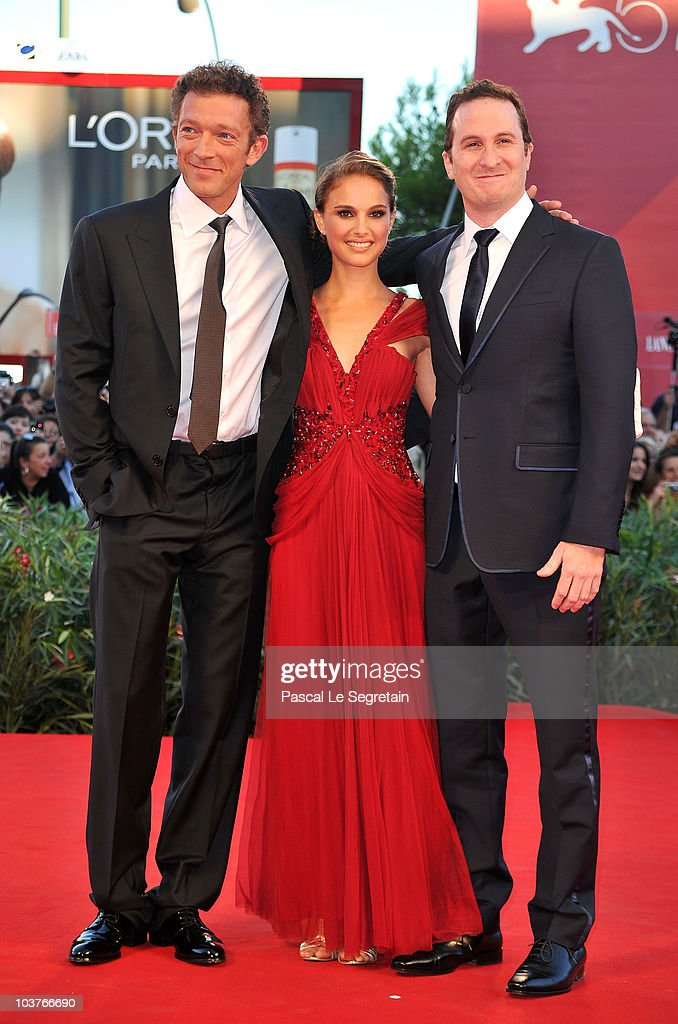 Actor Vincent Cassel, Actress Natalie Portman and Director Darren Aronofski attend the Opening Ceremony and 'Black Swan' premiere during the 67th Venice Film Festival at the Sala Grande Palazzo Del Cinema on September 1, 2010 in Venice, Italy.