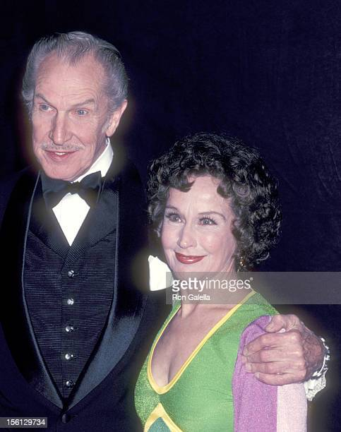 Actor Vincent Price and actress Kim Hunter attend the 54th Annual Academy Awards on March 29 1982 at Dorothy Chandler Pavilion in Los Angeles...