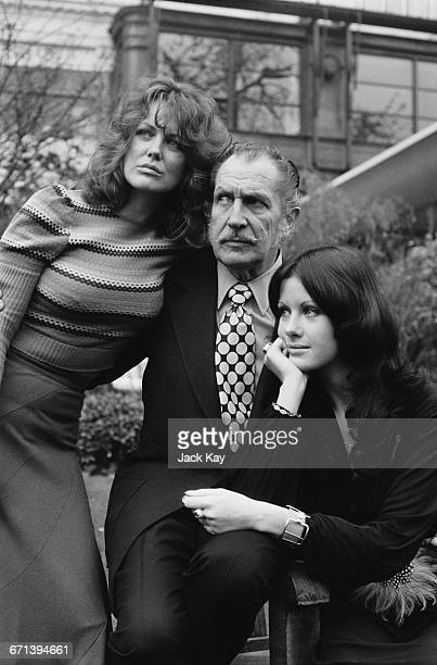 Actor Vincent Price with his costars from the film 'Dr Phibes Rises Again' Fiona Lewis and Valli Kemp UK 5th December 1971
