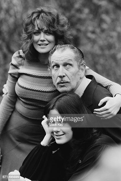 Actor Vincent Price with his co-stars from the film 'Dr Phibes Rises Again', Fiona Lewis and Valli Kemp , UK, 5th December 1971.