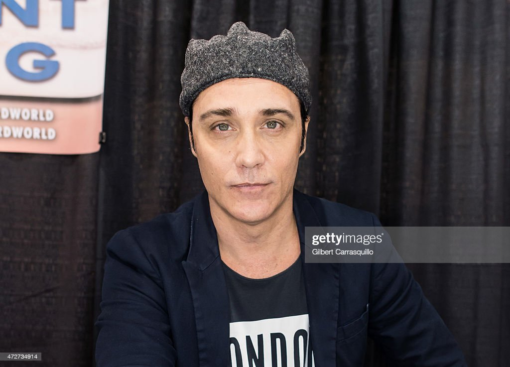 Actor Vincent Young attends day 2 of Wizard World Comic Con at Pennsylvania Convention Center on May 8, 2015 in Philadelphia, Pennsylvania.