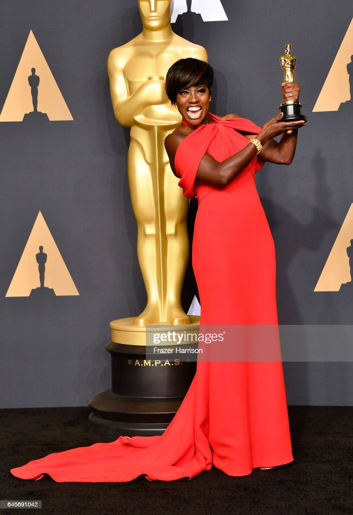 Actor Viola Davis, winner of the Best Supporting Actress award for 'Fences' poses in the press room during the 89th Annual Academy Awards at Hollywood & Highland Center on February 26, 2017 in Hollywood, California.