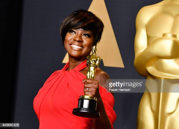 Actor Viola Davis winner of the Best Supporting Actress award for 'Fences' poses in the press room during the 89th Annual Academy Awards at Hollywood...