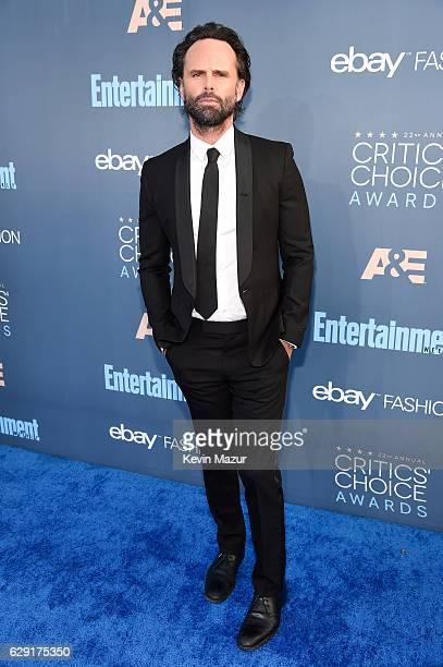 Actor Walton Goggins attends The 22nd Annual Critics' Choice Awards at Barker Hangar on December 11 2016 in Santa Monica California