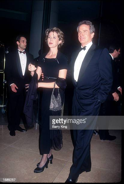 Actor Warren Beatty arrives with his wife Annette Bening at the Writers Guild Awards February 20 1999 in Los Angeles CA The Guild presents Awards to...