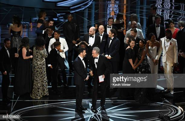 Actor Warren Beatty explains a presentation error which resulted in Best Picture being announced as 'La La Land' instead of 'Moonlight' with host...