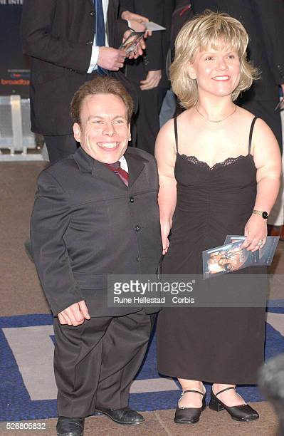 Actor Warwick Davis and his wife Samantha Burroughs arrive at the premiere of Star Wars Episode II Attack of the Clones