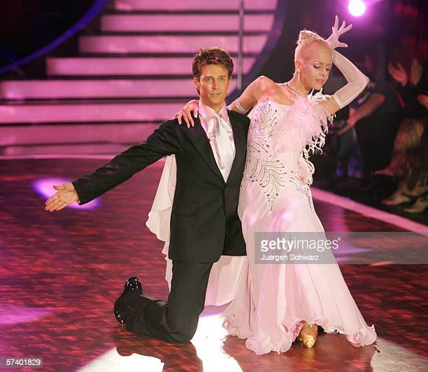 Actor Wayne Carpendale and dancer Isabel Edvardsson pose after their performance at the dancing competition show on TV station RTL with German...