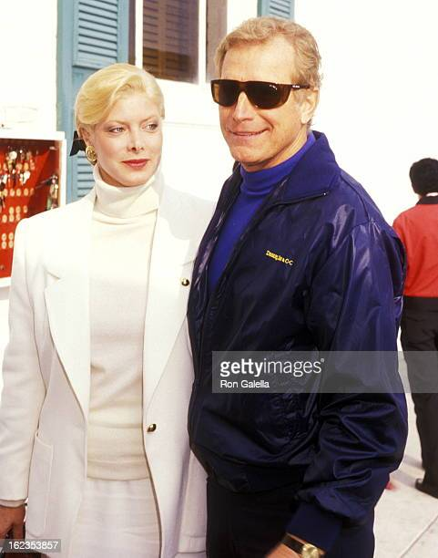 Actor Wayne Rogers and date Amy Hirsh attend Pierre Cossette's Viewing Party for Super Bowl XXII Washington Redskins vs Denver Broncos on January 31...