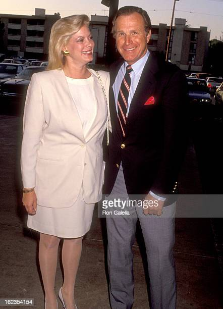 Actor Wayne Rogers and wife Amy Hirsh attend the 15th Annual Los Angeles Film Teachers Awards on April 30 1991 at Sportmen's Lodge in Studio City...