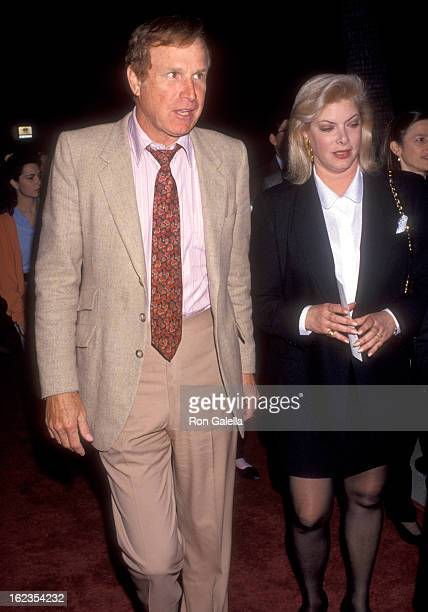 Actor Wayne Rogers and wife Amy Hirsh attend the 'Indecent Proposal' Beverly Hills Premiere on April 6 1993 at Samuel Goldwyn Theatre in Beverly...