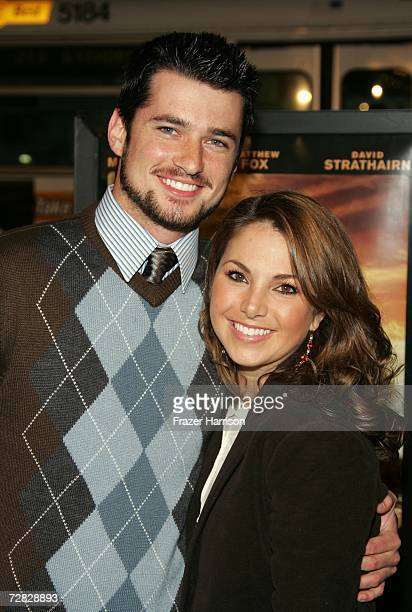 Actor Wes Brown and Amanda Moye arrives at the Warner Bros premiere of 'We Are Marshall' held at the Grauman's Chinese Theatre on December 14 2006 in...
