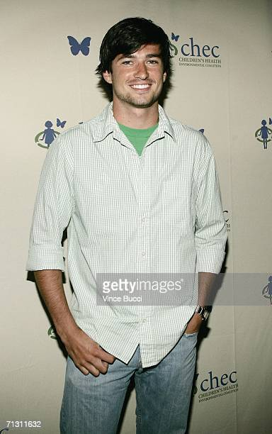 Actor Wes Brown attends a cocktail reception for The Green Experience eco event on June 27 2006 at Trellis in Los Angeles California The two day spa...