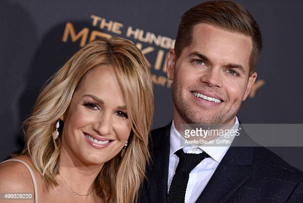 Actor Wes Chatham and wife Jenn Brown arrive at the premiere of Lionsgate's 'The Hunger Games Mockingjay Part 2' at Microsoft Theater on November 16...