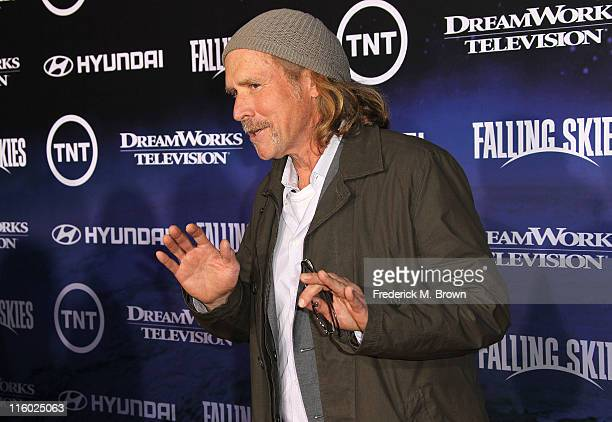 Actor Will Patton attends the Premiere of TNT and Dreamworks' 'Falling Skies' at the Pacific Design Center Silver Screen Theater on June 13 2011 in...