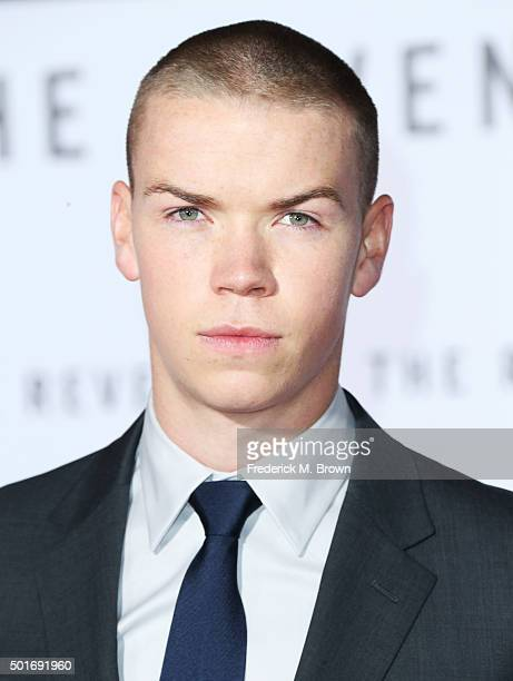 Actor Will Poulter attends the premiere of 20th Century Fox and Regency Enterprises' The Revenant at the TCL Chinese Theatre on December 16 2015 in...