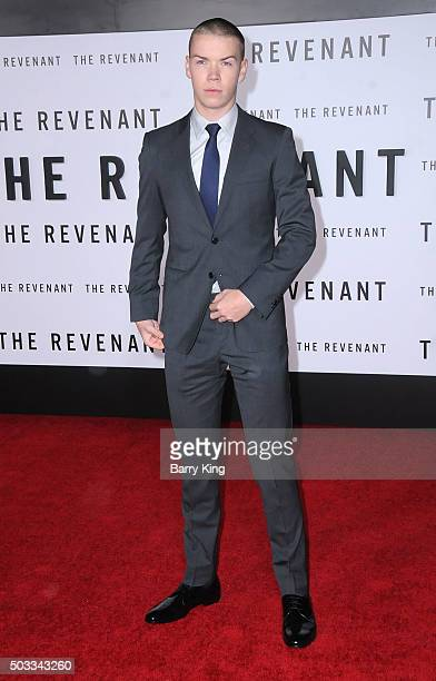 Actor Will Poulter attends the Premiere of 20th Century Fox And Regency Enterprises' 'The Revenant' at TCL Chinese Theatre on December 16 2015 in...