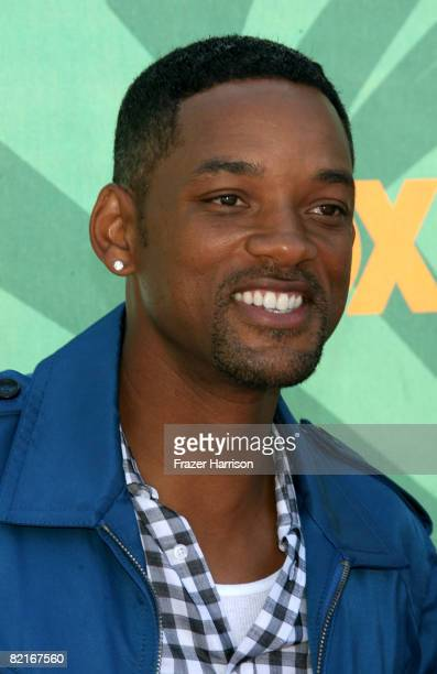 Actor Will Smith arrives at the 2008 Teen Choice Awards at Gibson Amphitheater on August 3 2008 in Los Angeles California