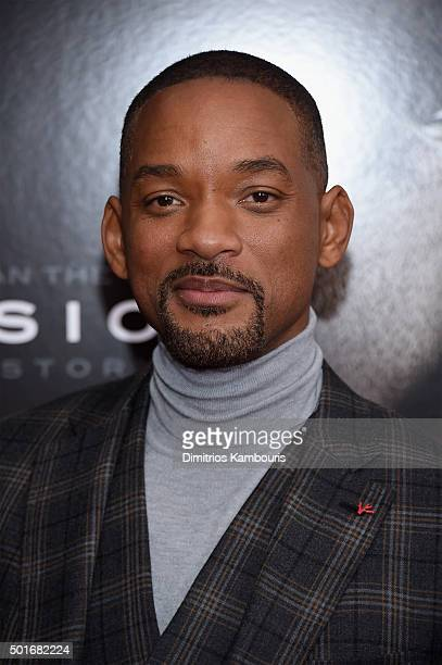 Actor Will Smith attends the 'Concussion' New York Premiere at AMC Loews Lincoln Square on December 16 2015 in New York City