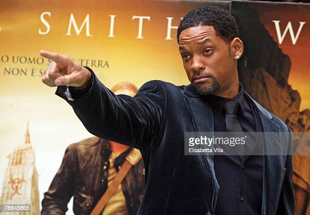 Actor Will Smith attends the 'I Am Legend' photocall at the Hassler Hotel on January 9 2008 in Rome Italy
