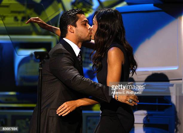 Actor Wilmer Valderrama and actress Rosario Dawson attends the 18th Annual Envoronmental Media Awards held at the Ebell Theater on November 13 2008...