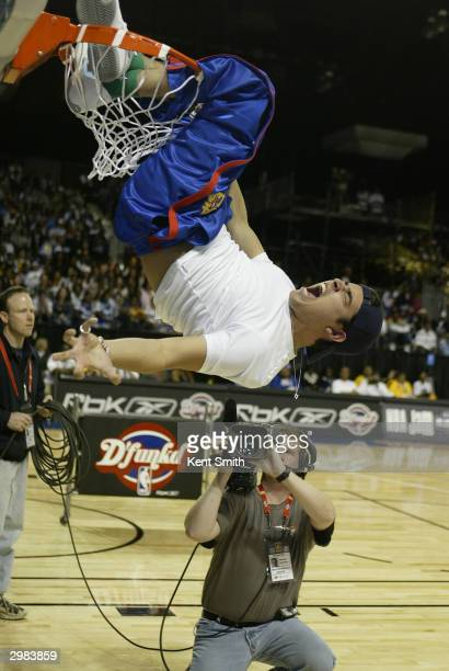 Actor Wilmer Valderrama of That 70's Show dunks during the Celebrity Slam Dunk Contest as part of the 2004 Jam Session on February 14 2004 at the Los...