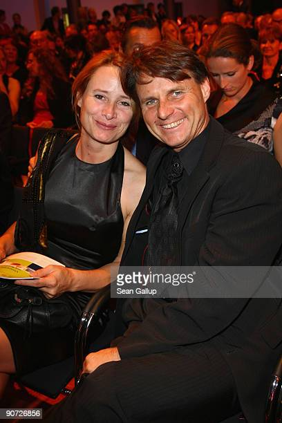 Actor Wolfgang Bahro and his wife Barbara Bahro attend the Victress Day Gala 2009 on September 14 2009 in Berlin Germany