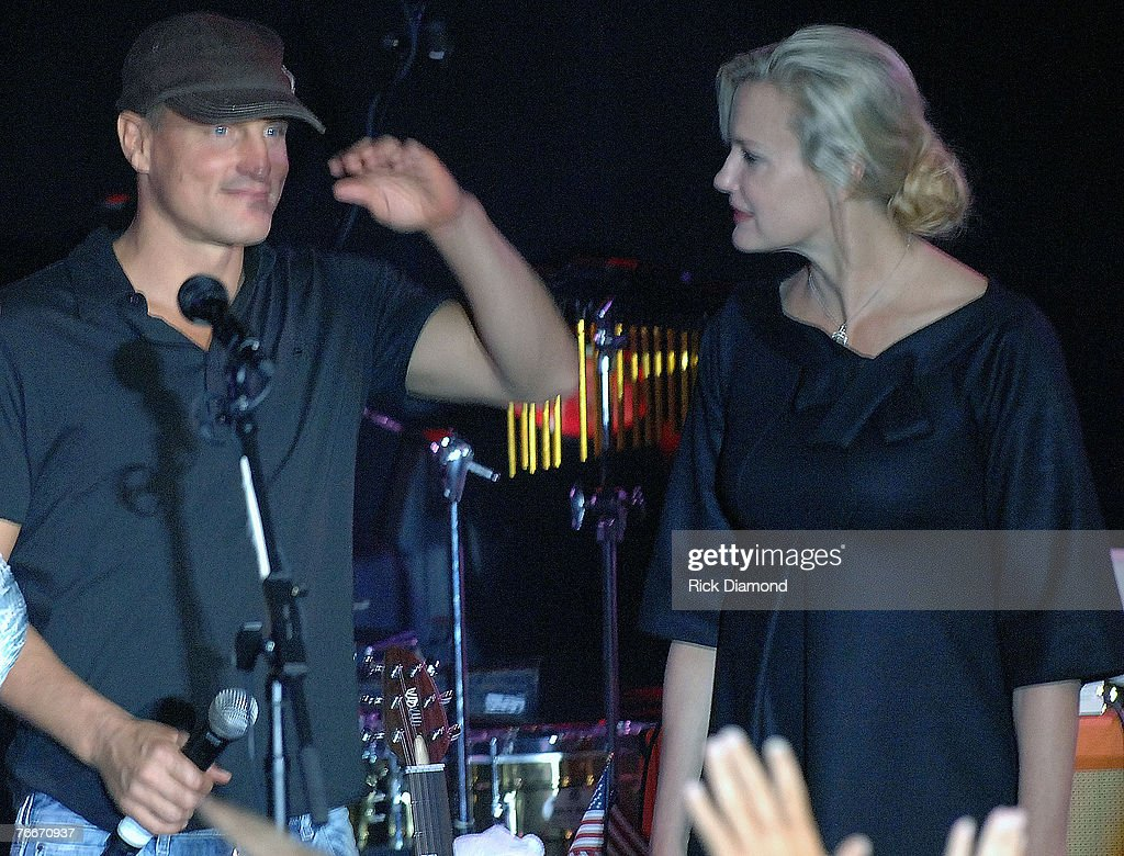 Actor Woody Harrelson and Actress/Co-Founder of the Sustainable Biodiesel Alliance, Daryl Hannah in New York City forThe Launch of the Sustainable Biodiesel Alliance at the Hard Rock Cafe in New York City on September 10,2007.